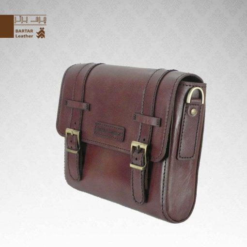 کیف حمایلی چرم طبیعی دست دوز کد C-310